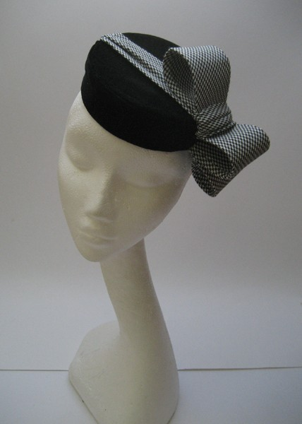 TOP HATS...Lilly Lewis Millinery is offering 10% off for Boo York City shop customers