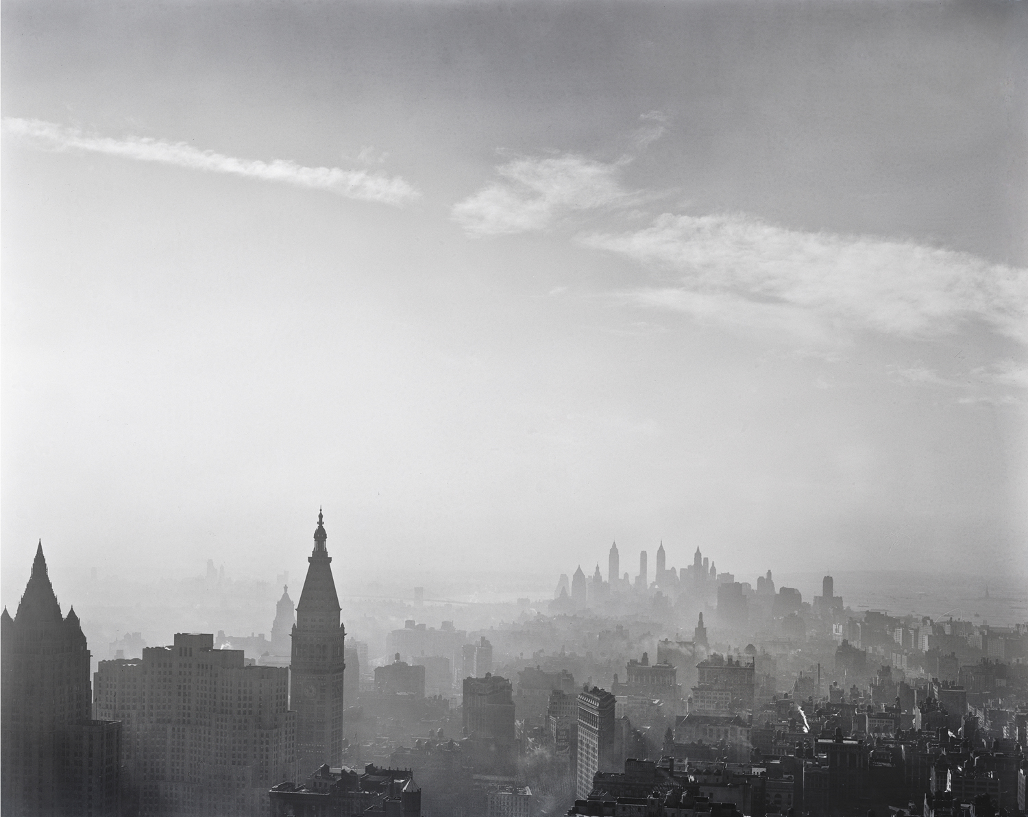 SKYLINE...Manhattan from Empire State © Todd Webb/21st Editions