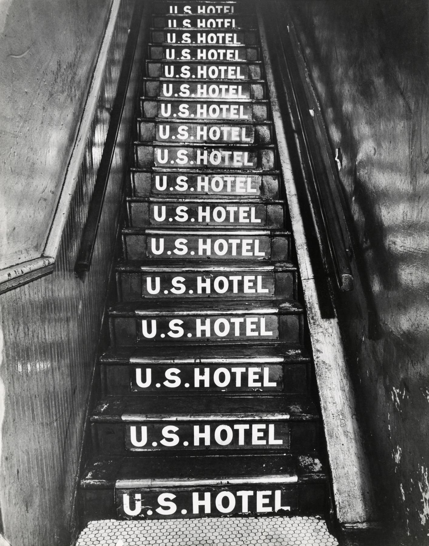 Weegee, U.S. Hotel at 263 Bowery, 1943-45, © Weegee / ICP